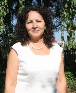 Валиуллина Амина, классный руководитель 11 класса