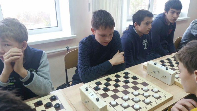 Благородный Григорий - 5,5 очков (16 место в личном первенстве)